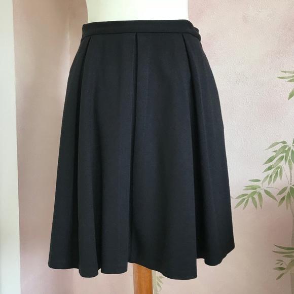 38d4c42e864 Vince Camuto Black Knit Pleated Mini Skirt